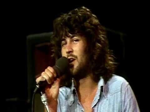 Deep Purple - Smoke On The Water - Saw them at the New Haven Colosseum late '74.....Nazareth opened.