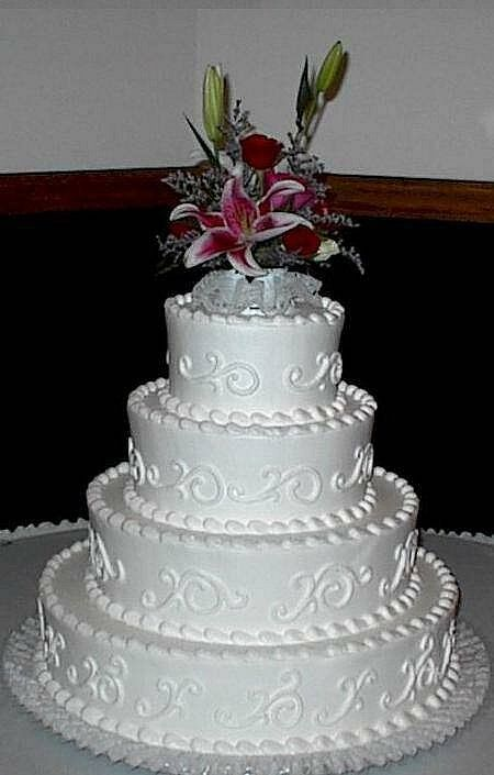 cheap wedding cake ideas   Wedding Decor Ideas Best 25  Cheap wedding cakes ideas on Pinterest   Different wedding cakes