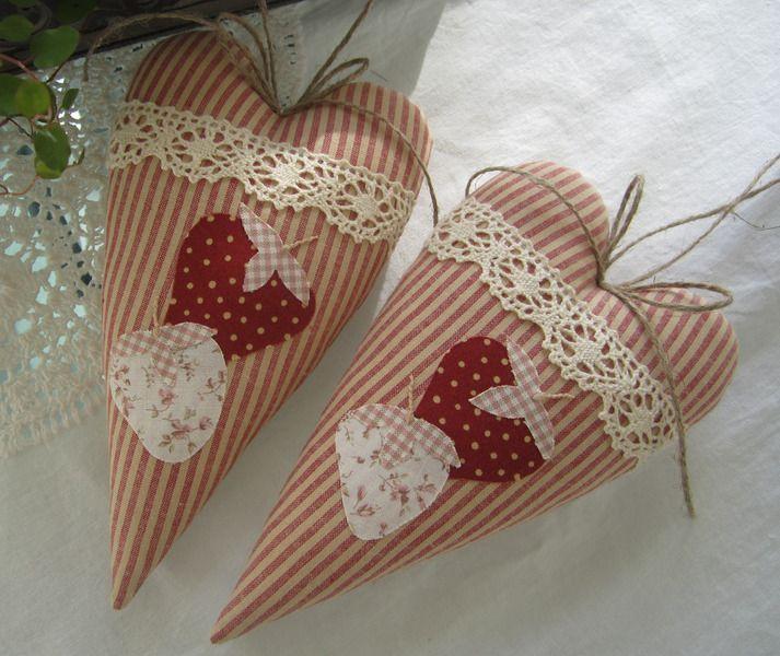 Herz mit Erdbeeren im Landhaus-Stil von Feinerlei auf DaWanda.com