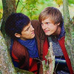 Interesting, if you look at the gif, you can tell Merlin has a vest...Since when has he ever had a vest? haha