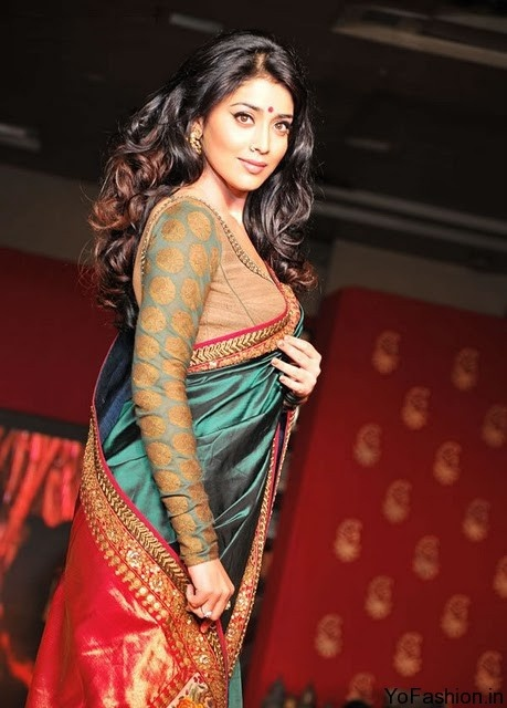 Shriya Saran in Sabyasachi (Handloom Fashion Show)