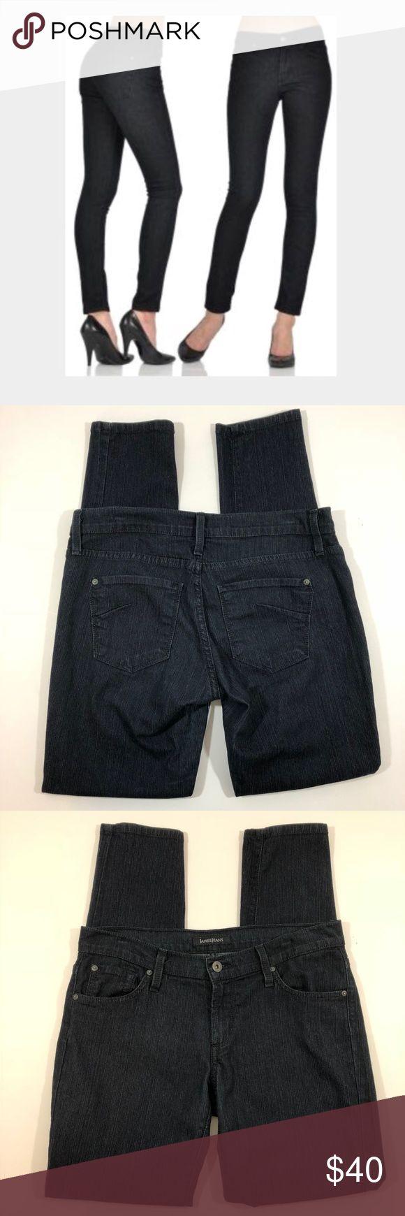 "James Jeans Twiggy Sway Skinny 29 James Jeans Twiggy Sway Skinny Dark Wash Size 29 Inseam 30"" Rise 8"" Other measurements in photos. B3-8 James Jeans Jeans Skinny"