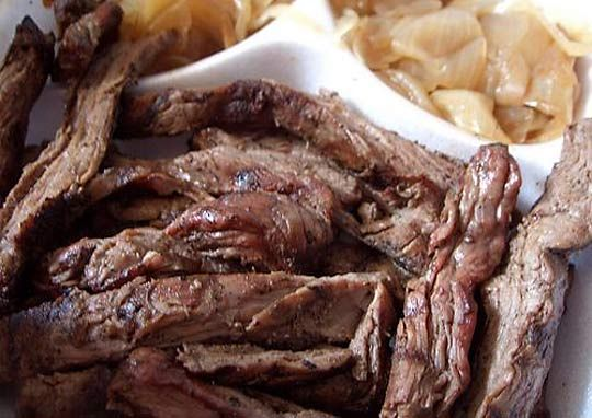 Today I've got an unusual taco recipe for you: one of the few authentic Mexican steak taco recipes that uses carne arrachera (flank steak). Tacos de arrachera are a northern delicacy you'll find i...