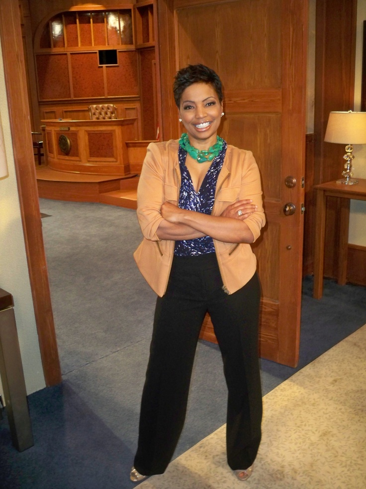 "Team Divorce Court: Check out Judge Lynn Toler of ""Divorce Court"" striking a pose on the set!    What do YOU 'LIKE' MOST about Judge Lynn's style?"
