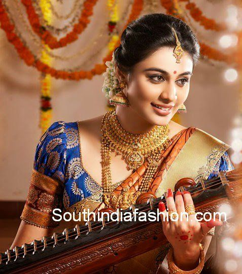 Puff Sleeves Blouse for Bridal Sarees