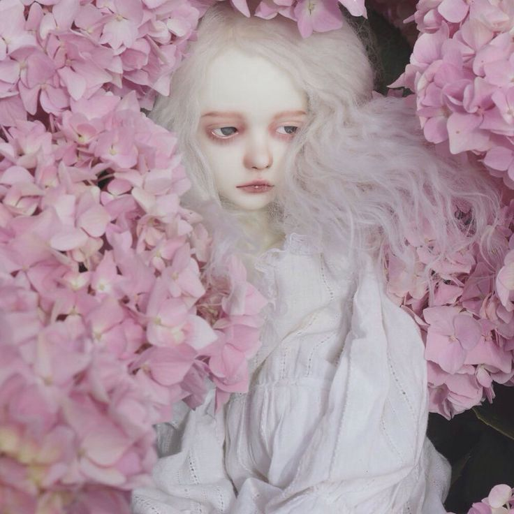 pink - souldoll  - fafner - bjd - white doll with pink flowers