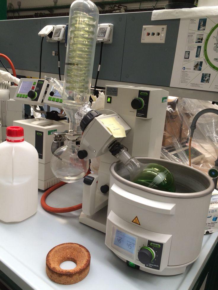 Sistema per separare il solvente dal soluto, ponendoli in due palloni differenti