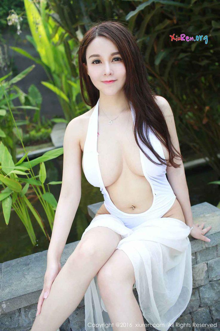 [秀人网XiuRen] N00558 豪乳甜美辣妹沈蜜桃开胸连体比基尼火辣鼻血写真 56P