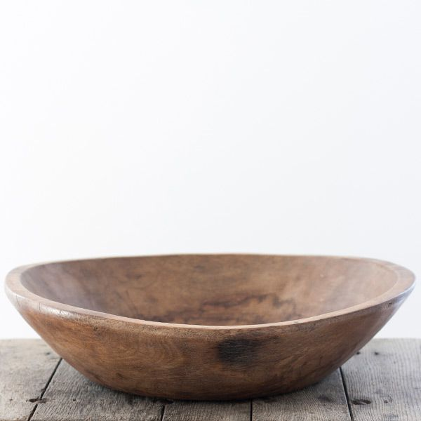 These Large Rustic Wooden Bowls are nothing short of beautiful. Crafted from natural wood these big wooden platters are a perfect fruit bowl.