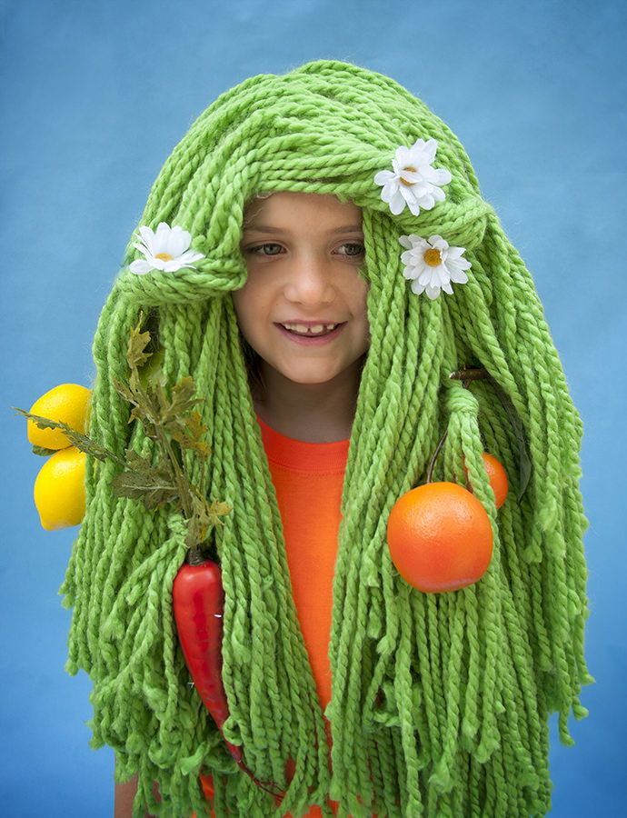 Here's a DIY Halloween Veggie Yarn Wig for all the greenies out there...