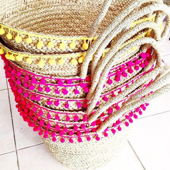 Pom Pom Stroh Strandtasche  Inspiriert von der mediterranen Insel-Lifestyle, dieses Tote Stroh Strand ist perfekt für Ihren Urlaub sorglos und Stadt