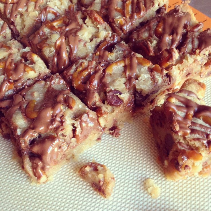 Pretzel Chocolate Chip Cookie Bars
