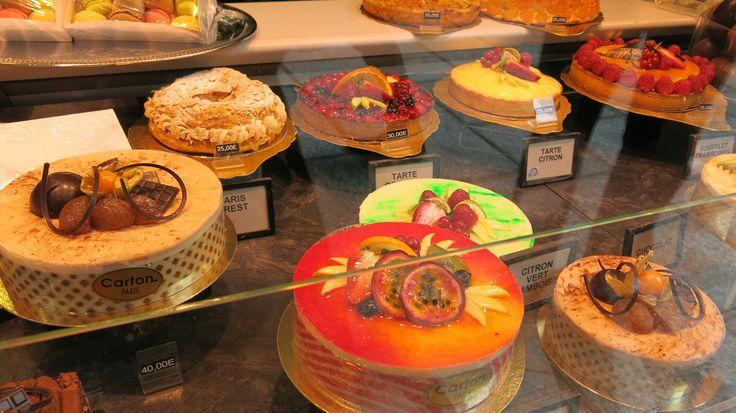 Paris - Delicious cakes