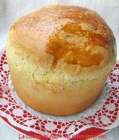 Il panettone gastronomico è l'ideale per farne ottimi antipasti con farce personalizzate secondo il gusto dei commensali Ricetta panettone gastronomico