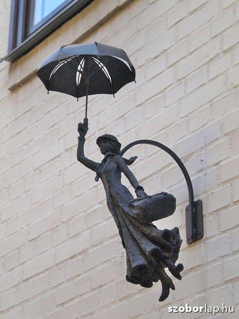 Mary Poppins - Sopron, Hungary | Köztérkép