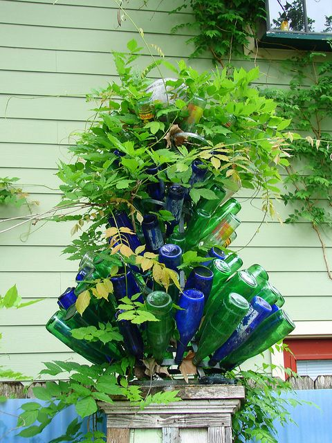 143 Best Images About Garden Glass Decorations On Pinterest