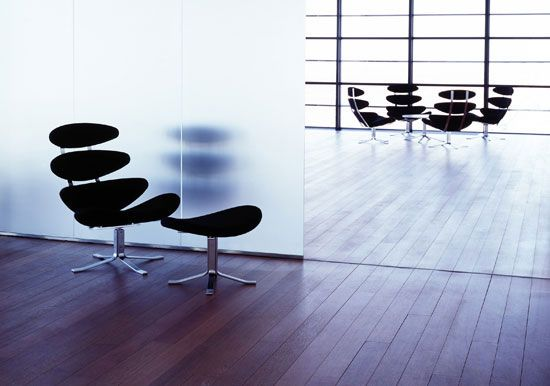 Corona Chair — Poul M. Volther (1961)