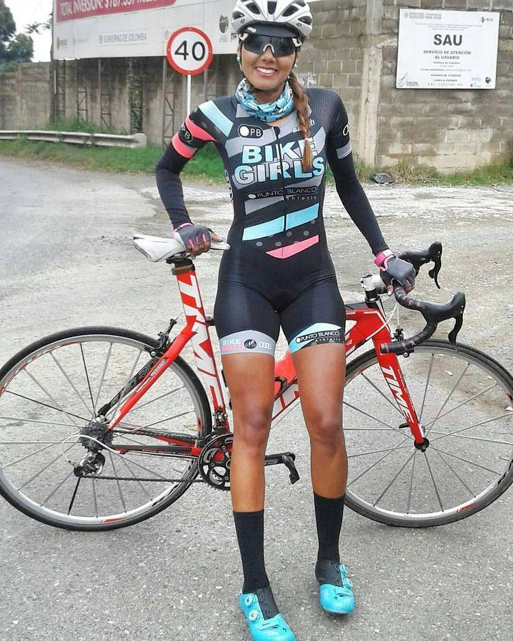 #globalcycling #ladiescycling #pedalnorthfriends @Regrann_App from @soragiraldo - Los días con bici son mejores! …buenas rutas y lindos días Las mejores ideas para personalizar tu uniforme,...
