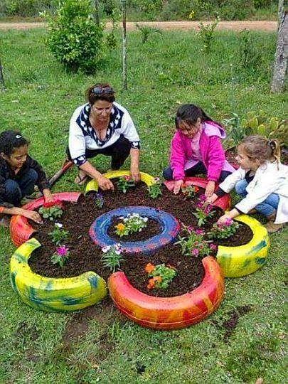 ideas para decorar el jardin con llantas - Buscar con Google