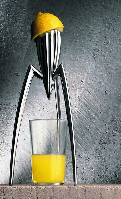The concept of the Juicy Salif came to Starck whilst dining at an Italian restaurant. He began scribbling his designs on a paper napkin and those very first doodles would become the iconic Juicy Salif lemon squeezer