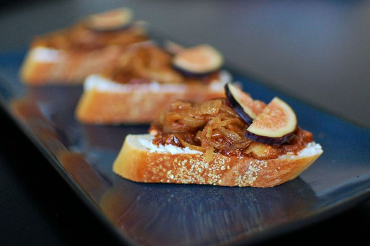 Fig, Goat Cheese, and Caramelized Onion Crostini | Beantown Baker
