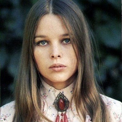 Private Icon: Michelle Phillips (aka how to dress like you lived in Laurel Canyon)