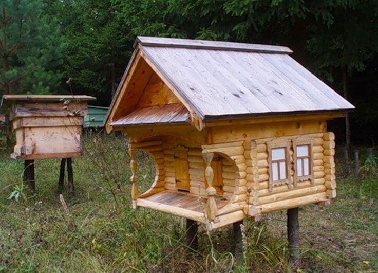 А улей домик для пчел / Carved Honey Bee hive
