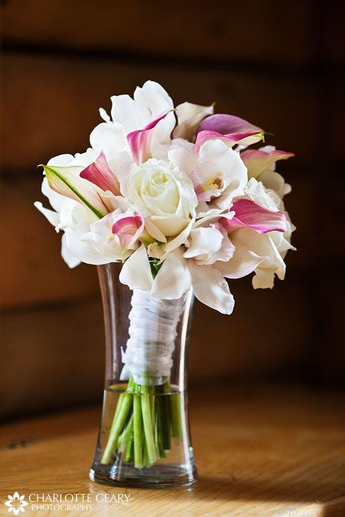 Pink and white wedding bouquet | Wedding | Pinterest