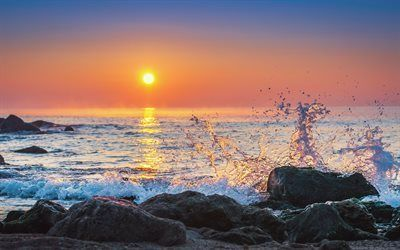 Scarica sfondi spruzzi d'acqua, mare, onda, sunset, sole, costa