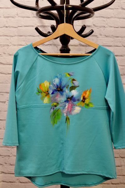 Bluzka oversize hand painted w Letycja odzież ręcznie malowana na DaWanda.com