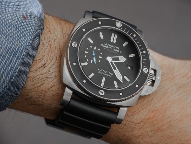 Panerai Luminor Submersible 1950 Amagnetic 3 Days Automatic Titanio PAM01389 Watch Hands-On | aBlogtoWatch