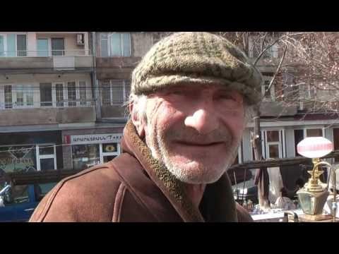 Вернисаж - сувенирный и антикварный рынок в Ереване, Армения