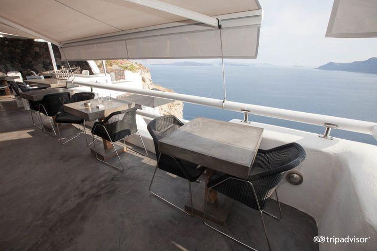 Art Maisons #restaurant! #VolcanicView #Santorini
