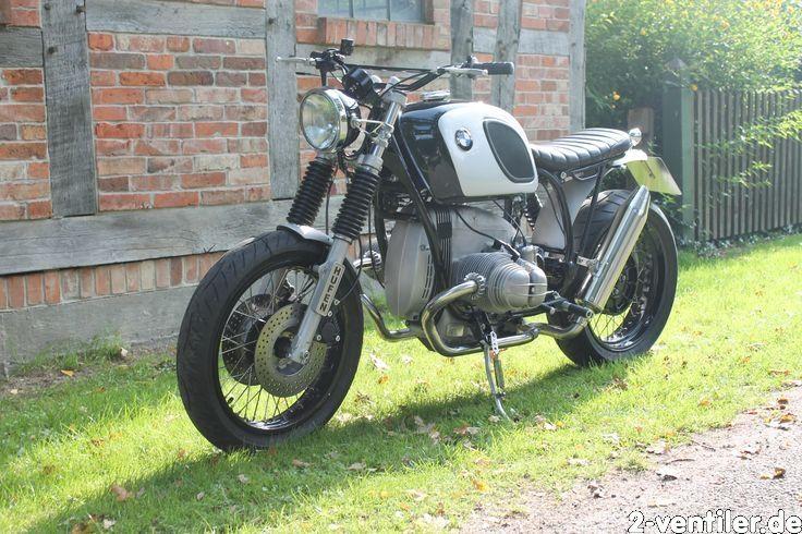"""BMW R80ST Scrambler """"Bruno 1"""" > Die nächste bitte...aus ursprünglicher R80ST ist eine R107SR BBK Scrambler geworden. Fette Räder und fetter Motor gehören zusammen.."""