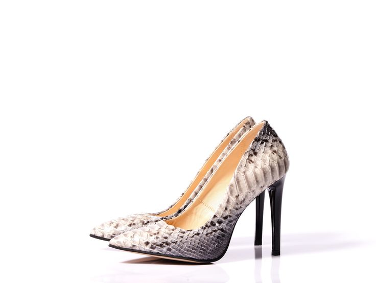 Piton stiletto- series