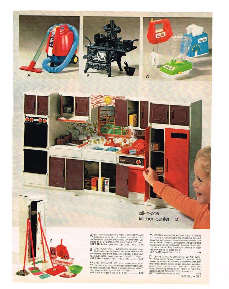 Wolverine Doll Kitchen from the Spiegel Catalog, 1978