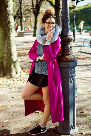 Blogger Shiny Thoughts wears a pink duster coat with rib knit and snood #newseason #streetstyle #inspiration #transitional
