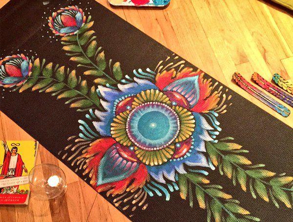 Afbeeldingsresultaat voor painted yogamat
