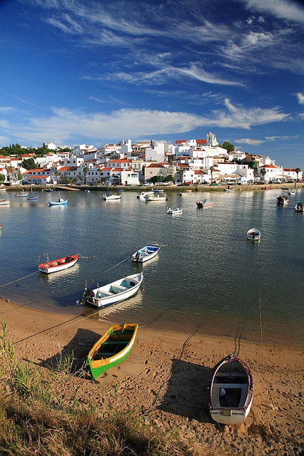 Ferragudo, Algarve - Where I learned how to eat white rice with ketchup from those blond British kids!