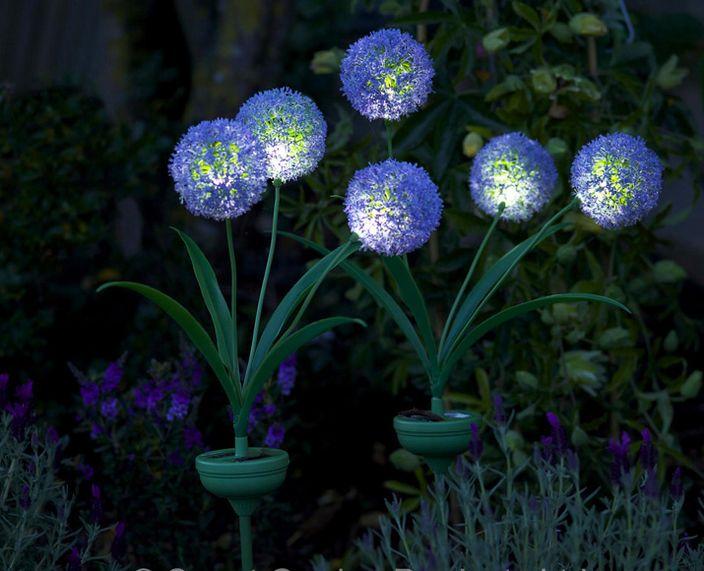 Ti manca il #pollice #verde ma vorresti stupire con il tuo #giardino? Con questo tris di Allium a Energia Solare lascerai tutti a bocca aperta!