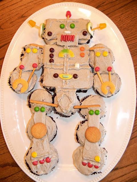 my robot cupcake cake