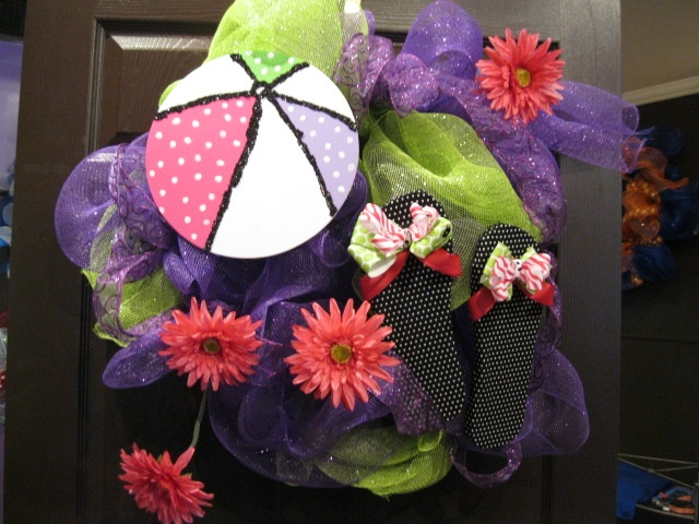 flip flop wreath: Flip Flop Wreaths, Beach Ball, Flower