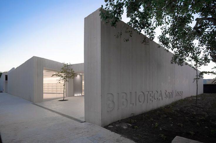 Sant Josep Library, Ontinyent, 2011