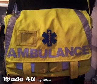 Van een motorjack van de ambulancedienst