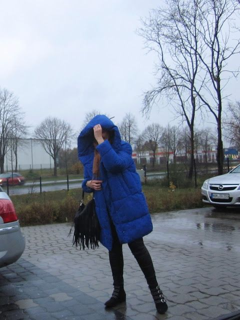 Fashion translated: Outfit: That blue coat
