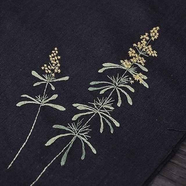 #솔나물 #야생화자수 #야생화느낌자수 #들꽃자수  #꽃자수 #handmade #embroidery #ハンドメイド