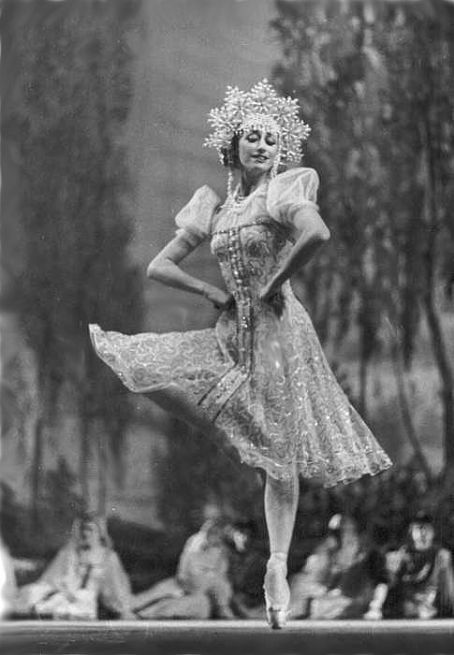 "Maya Plisetskaya in ""The Little Humpbacked Horse"""