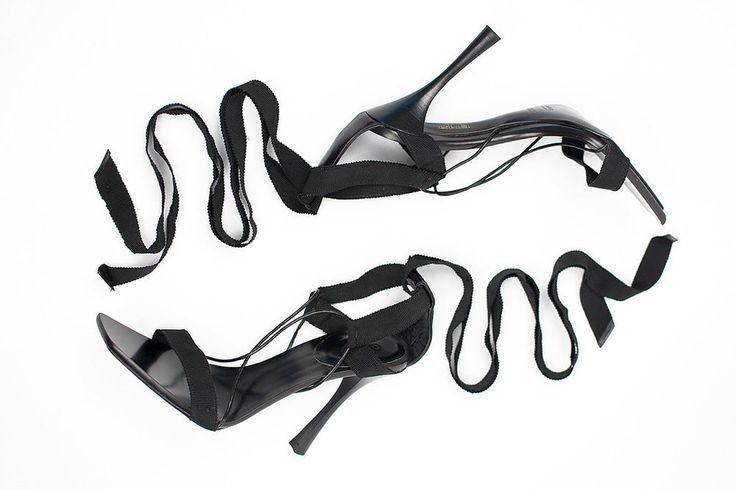 ICONIC A/W 2002 TOM FORD for GUCCI BLACK RIBBON SANDALS SHOES 38.5 C ***NEW! #Gucci #Heels
