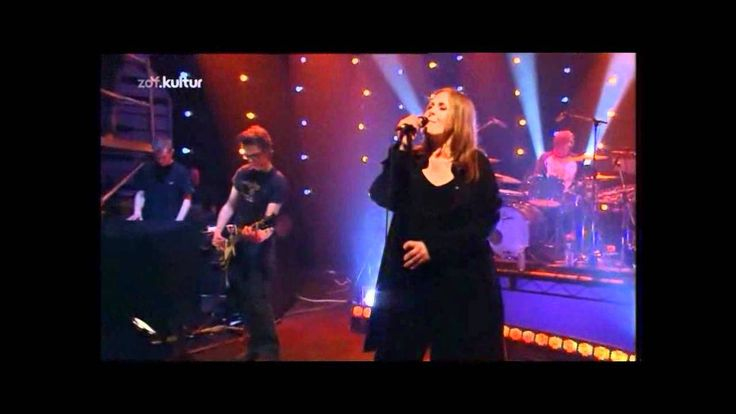 Alison Moyet - Should I Feel That It's Over