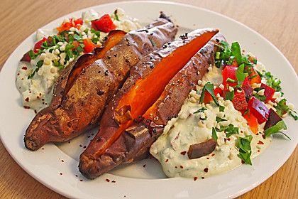 Gebackene Süßkartoffeln mit Avocado-Paprika-Creme (Rezept mit Bild) | Chefkoch.de